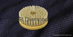 Round diamond brush