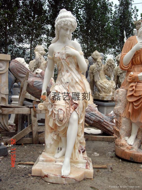 西方人物拼色雕刻工艺品 4