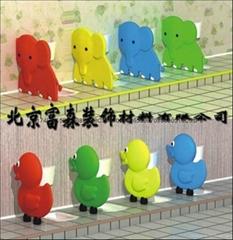 幼儿園卡通廁所隔板
