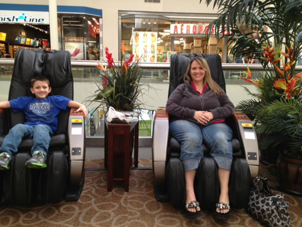 Shopping Mall Bill Operated Massage Chair RT-M02 7