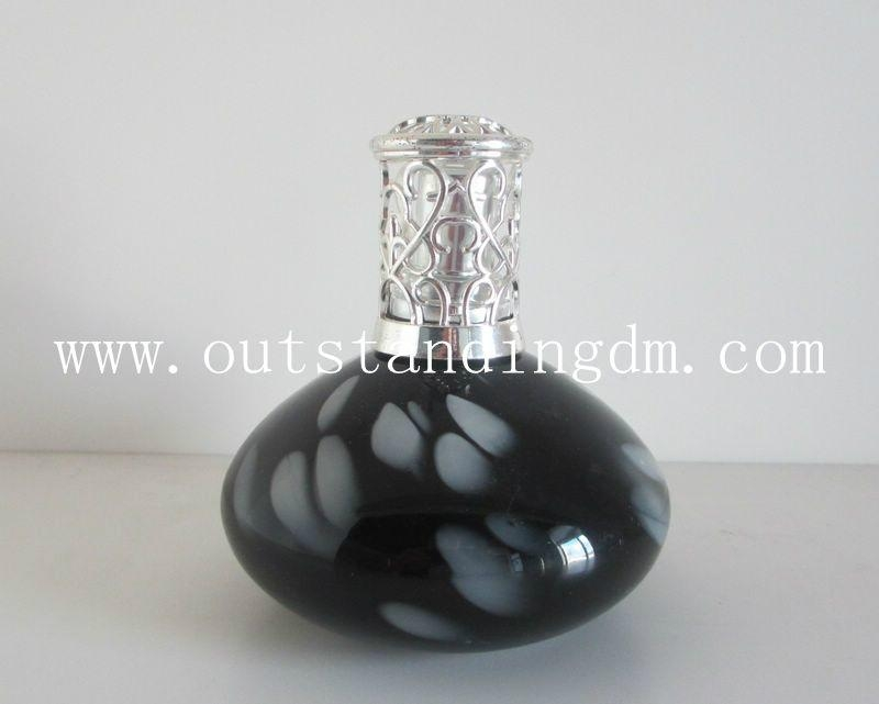 art  glass bottle with bayonet cap for oil lamp