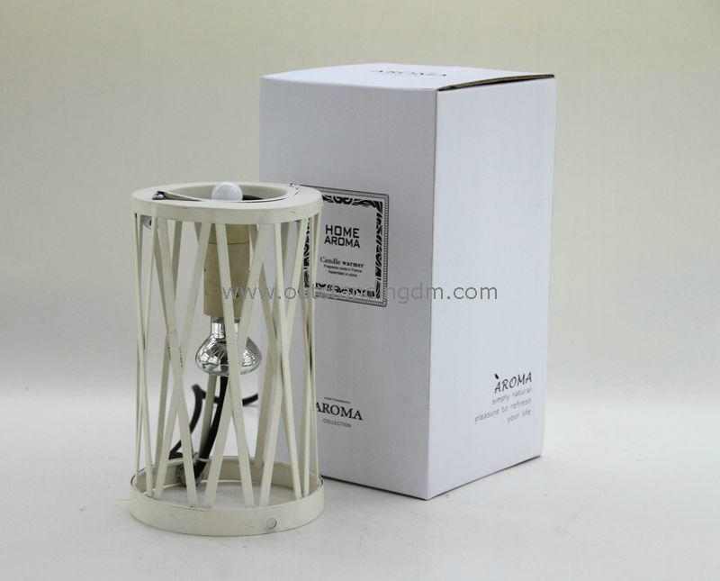 white candle warmer with  bulb