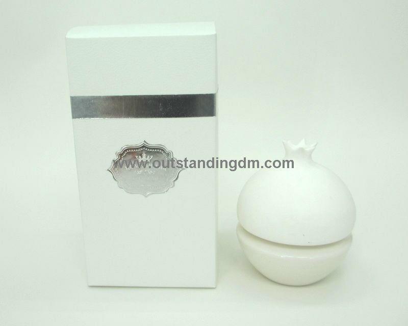 ceramic pomegranate diffuser with fruit shape
