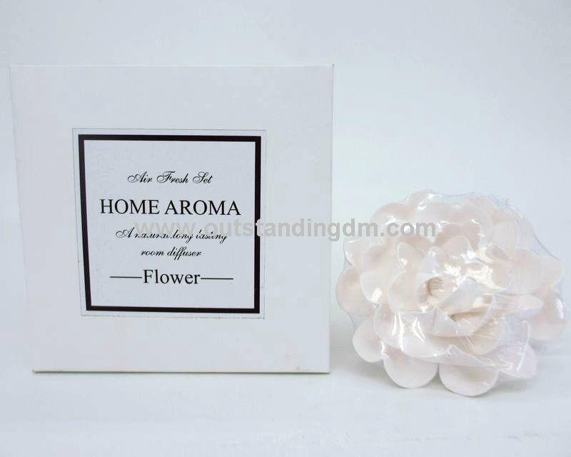 white ceramic flower in paper box for gift set