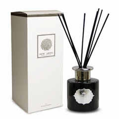 Home Air Freshener Diffuser With Black Diffuser Bottle and Cotton Stick