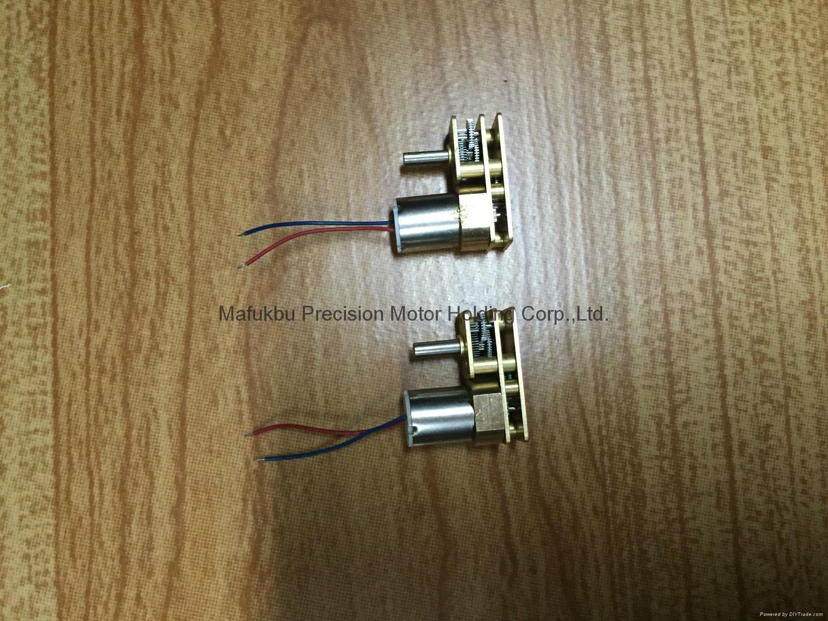 新產品-180度軸微型空心杯減速電機(004) 1