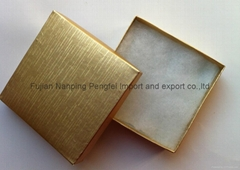 gold jewelrybox