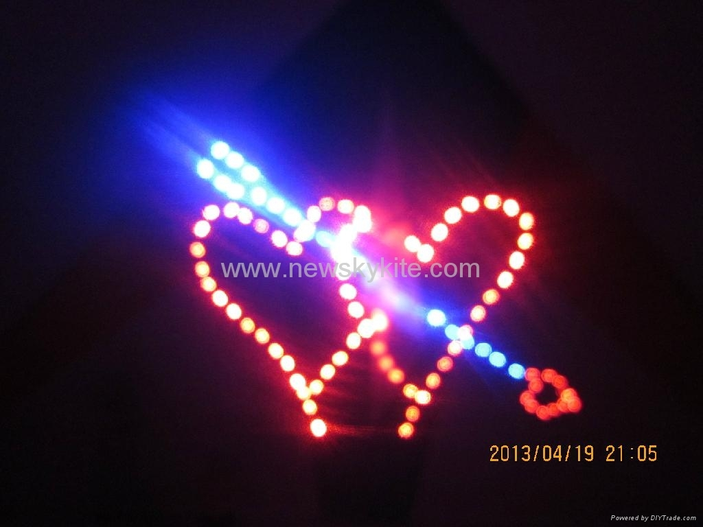 4313 Double heart:3M2,ripstop nylon, carbon,180bullbs,3.6V battery & charger