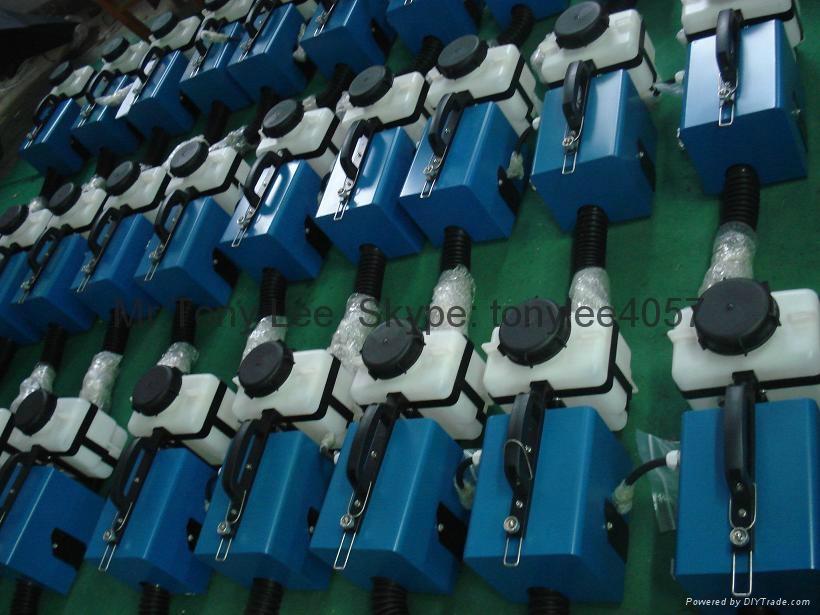 直流可充电锂电池超低容量电动喷雾器 ULV 5
