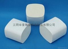 方形堇青石质蜂窝陶瓷载体