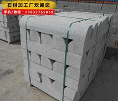 深圳石材芝麻黑路沿石 工程路沿石批發 bb工廠直銷