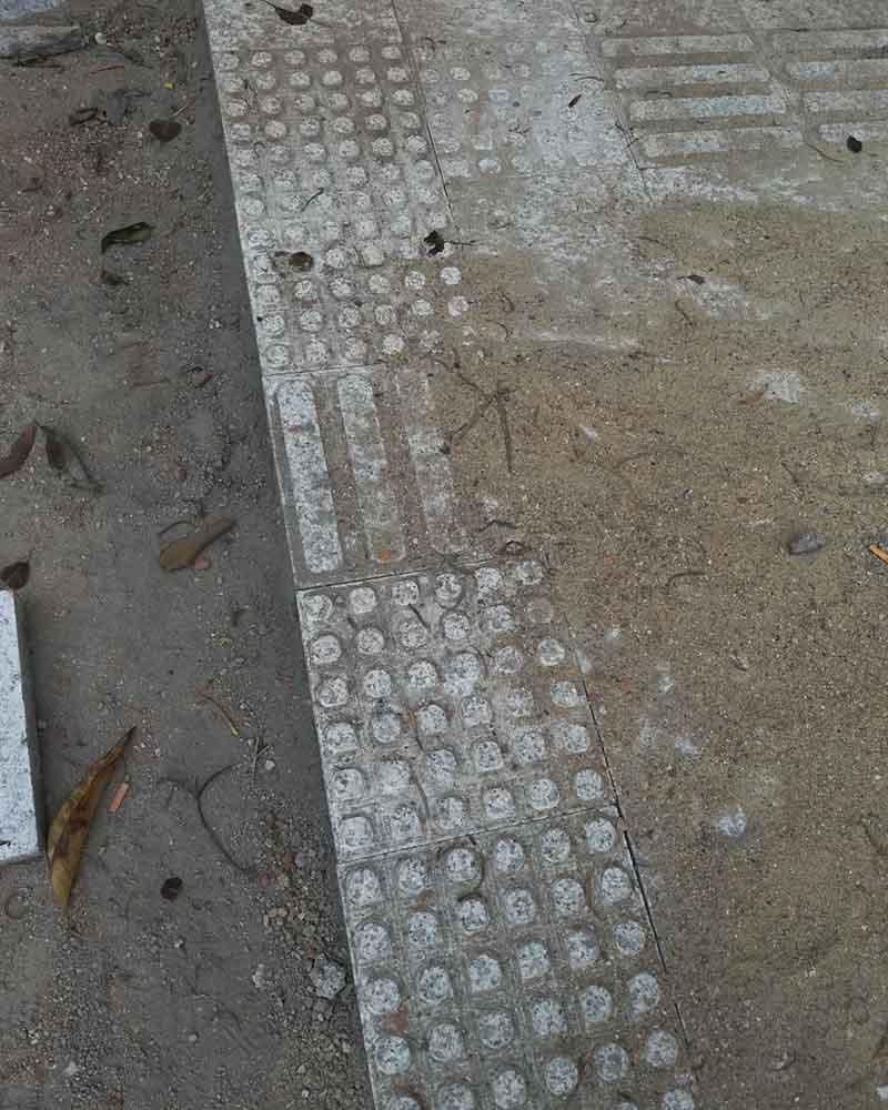 港深廣石材是專業生產廠家歡迎咨詢鋪地石 鋪地石材廠家 刪除 鋪地石價格 鋪地石圖案  庭院地面鋪什麼最便宜 鋪地石價格 600×600鋪地石價格 露天院子適合鋪什麼磚 農村院子鋪磚效果圖 地磚效果圖 好看小院地磚圖片 黑青石價格 水磨石地面圖片    石材等相關問題 我們有專業的石材工程師對 規格,設計,安裝,技術,價格、用途等等方面的問題給予全面的解答,只要您撥打/微信∶13632765059, 公司專業團隊為您提供一纜子完善解決方案。
