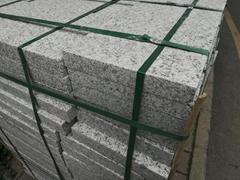 深圳黃鏽石廠生產多種規格路緣石路牙石價格圖片
