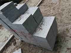 深圳黄金麻石材厂提供各种规格路沿石 地铺石 价格
