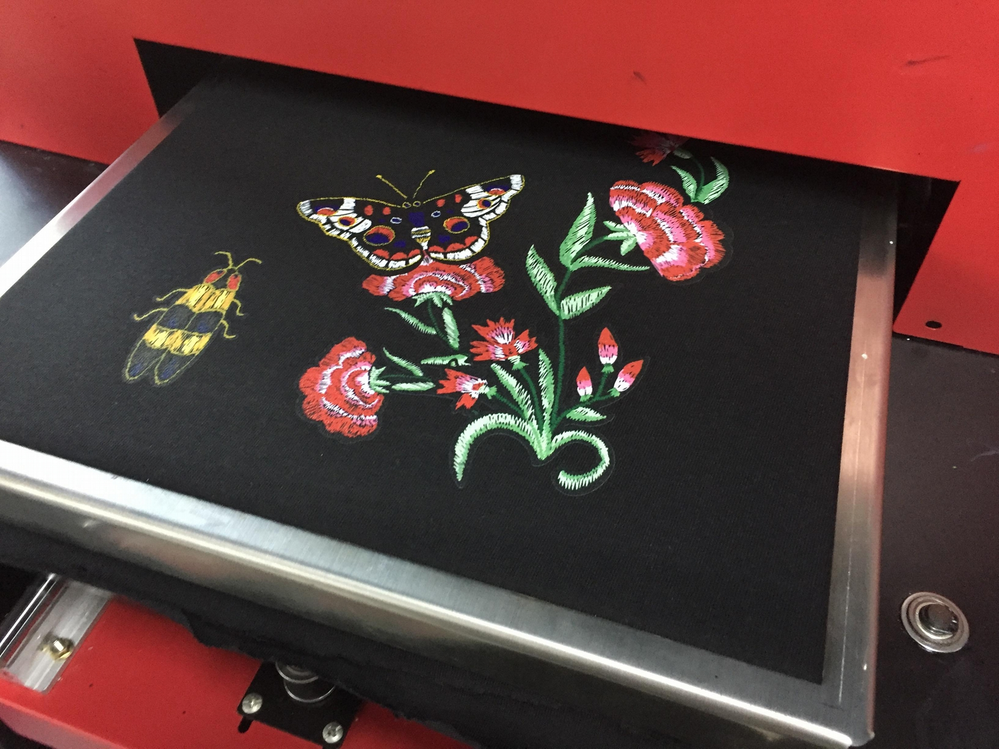 2018 New Digital Automatic A3 Flatbed Printer 3