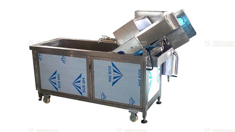 非标定制连续式果蔬清洗生产线 3