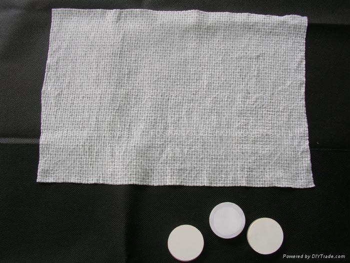nonwoven compressed towel 1