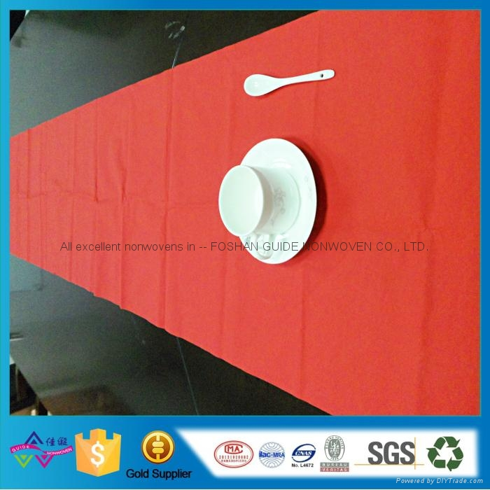 Household Breathable Disposable Waterproof Table Cloth High Quality Table Runner