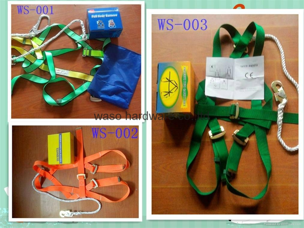 SAFETY HARNESS 1