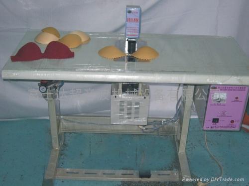 超音波蕾絲內衣縫焊機 2