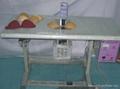 The lei silk underwear sews the machine of Glue to