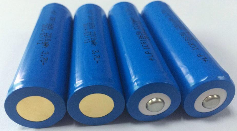3.7V18650 Column Li-ion battery 4