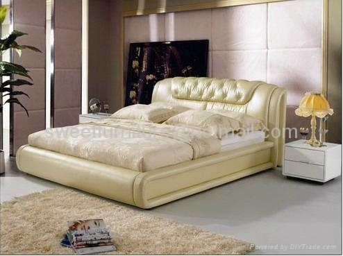 leather bed,bed,double bed,modern bedroom furniture C1080 5