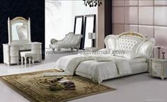 真皮软床,卧室家具,皮床 C1008