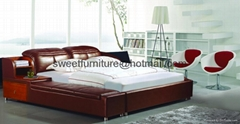 Factory sell 1.8*2.0m leather bed with one side night stand