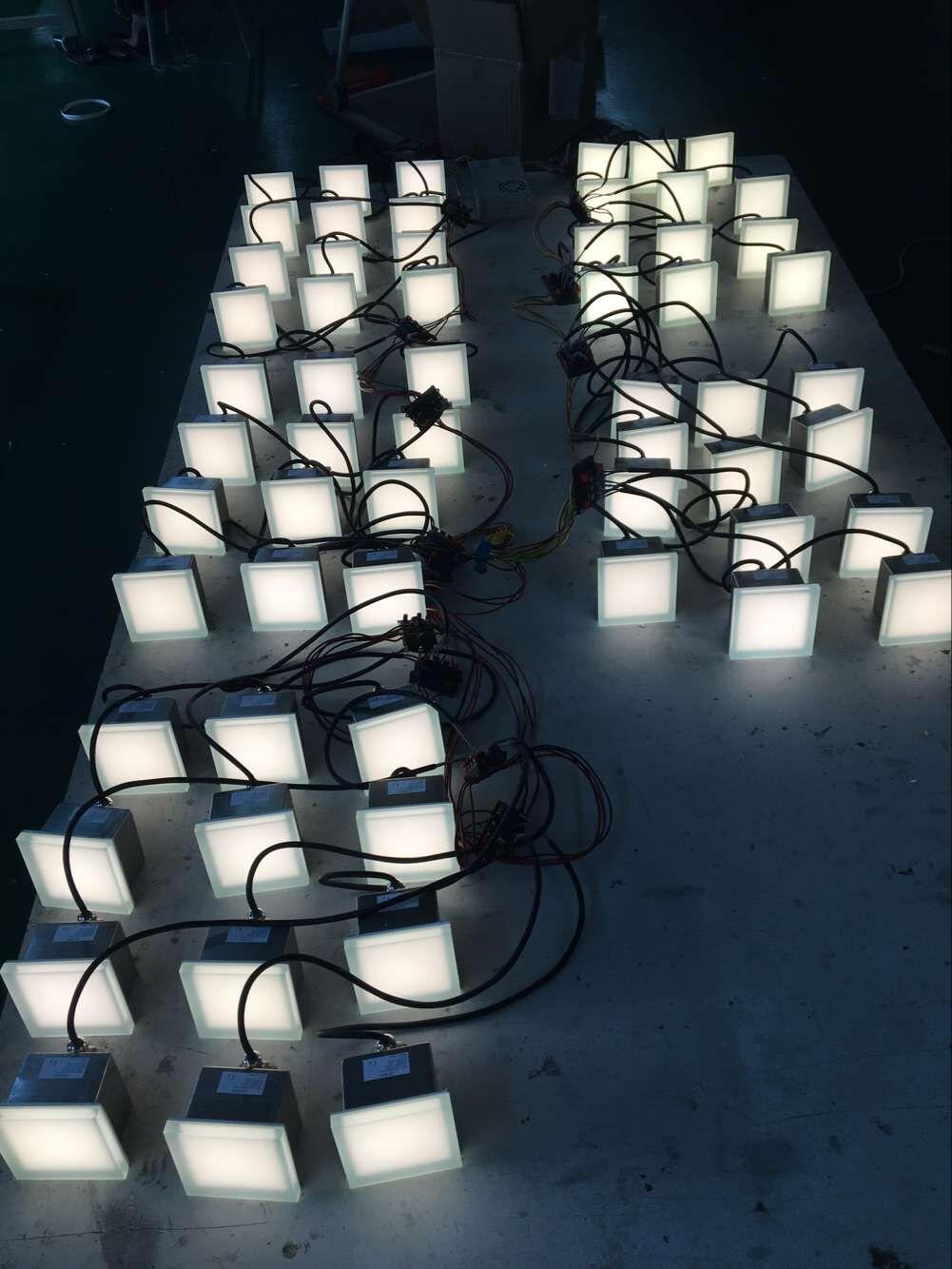 High Efficiency 12V 24V RGB Outdoor IP67 Waterproof LED Floor Tile Light 3