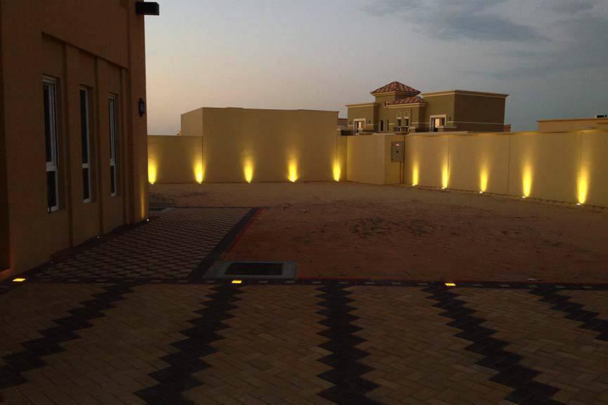 High Efficiency 12V 24V RGB Outdoor IP67 Waterproof LED Floor Tile Light 5