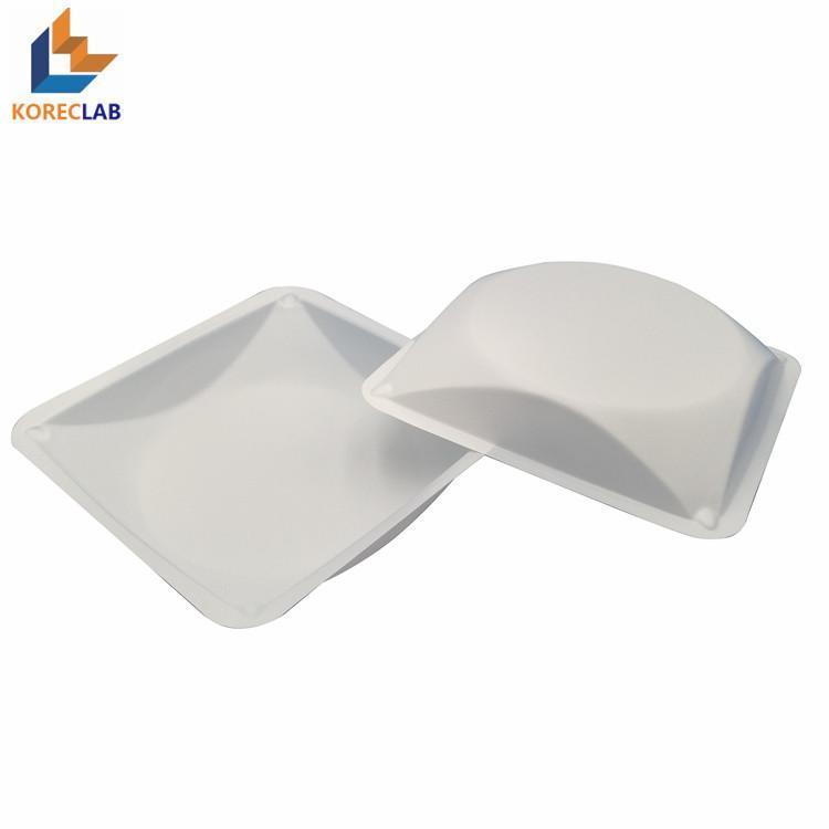 100ml 方形帶導流槽塑料稱量皿 1