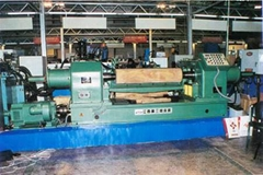 BXQ16 系列小徑木液壓雙卡軸旋切機