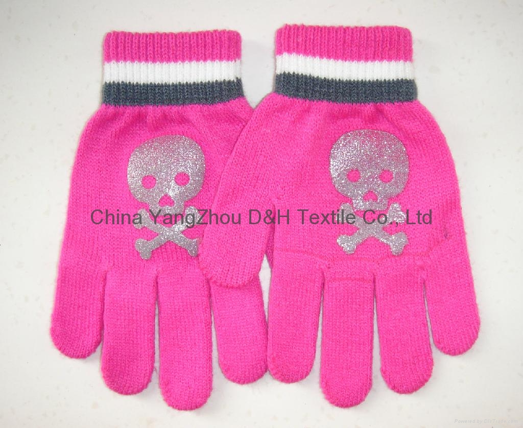 2017 HOT Fine Acrylic Knitted glove 1