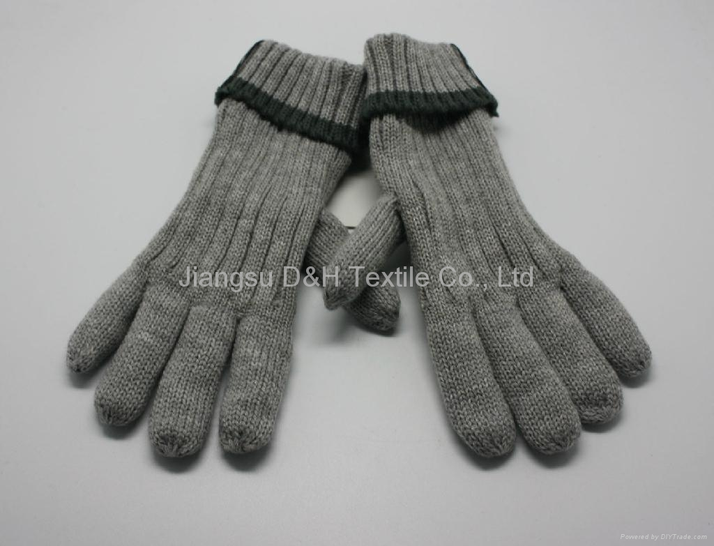 Acrylic knitted winter Beer glove  1