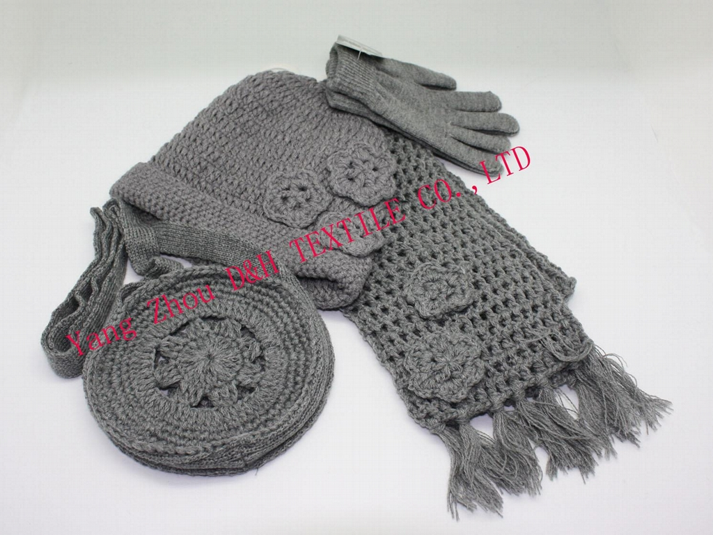 Fashional Handmade Hook Flower Knitted 3piece Set/knitted Hat 1