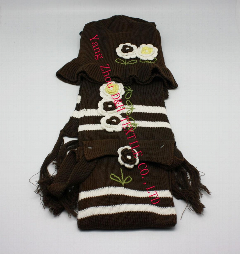 Lady Fashional Hook Flower Knitted 3 piece Set/Knitted Hat/ Knitted Gloves 3