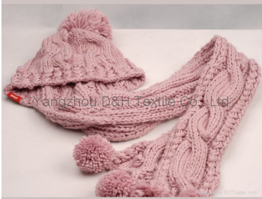 Child Knitted Set/Pink Knitted Hat/ Knitted Gloves/Knitted Scarf  1