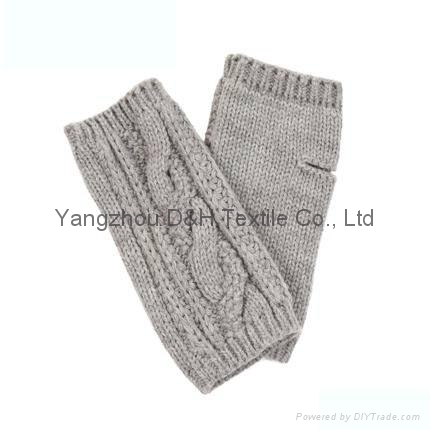 Acrylic knitted winter Beer glove  3