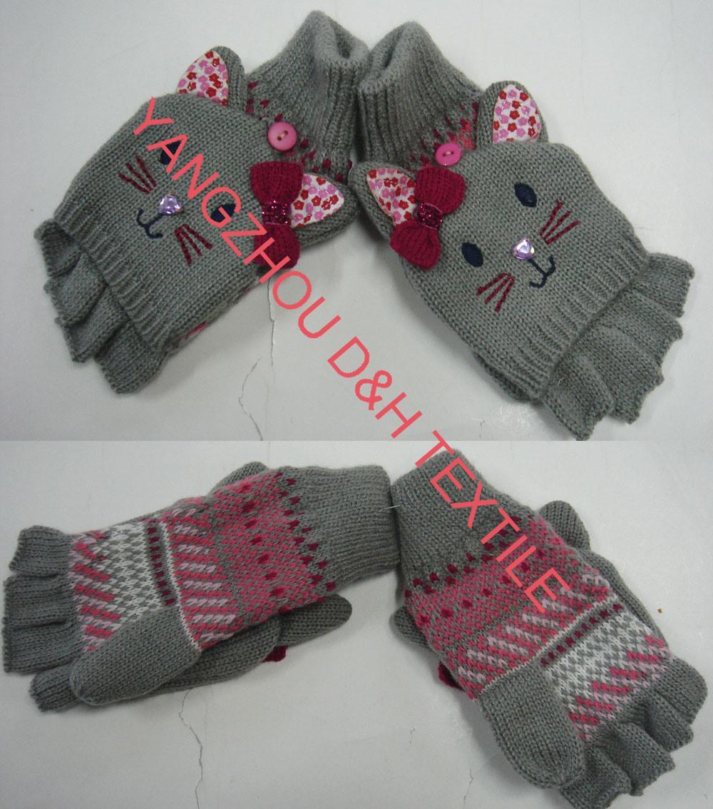 Cartoon Winter Knitted toboggan crochet Glove  1