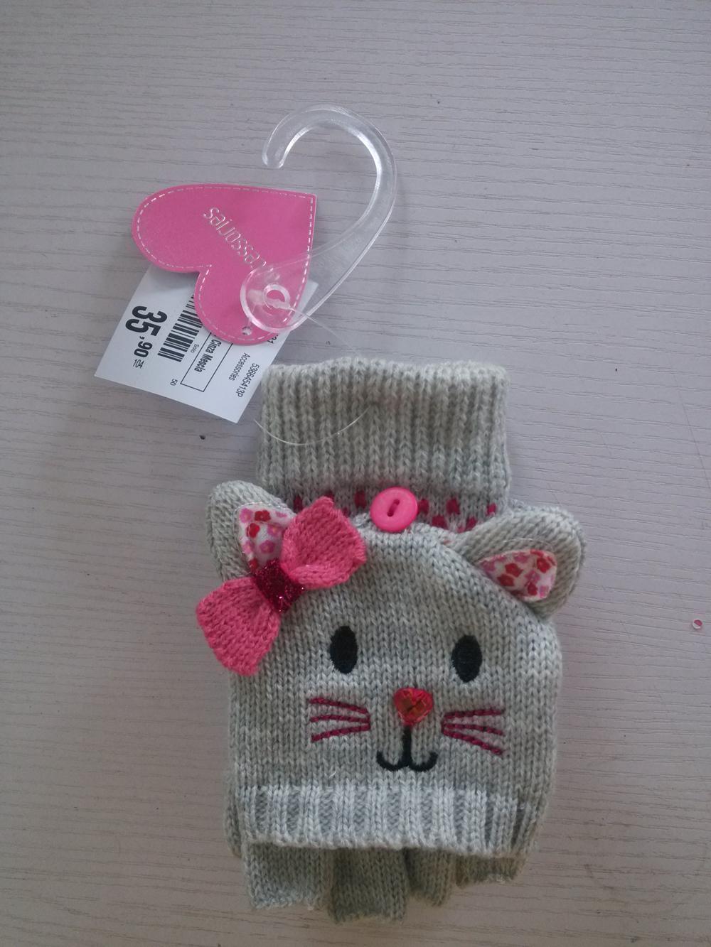 Cartoon Winter Knitted toboggan crochet Glove  4