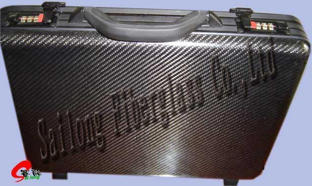 碳纖維手提箱 1