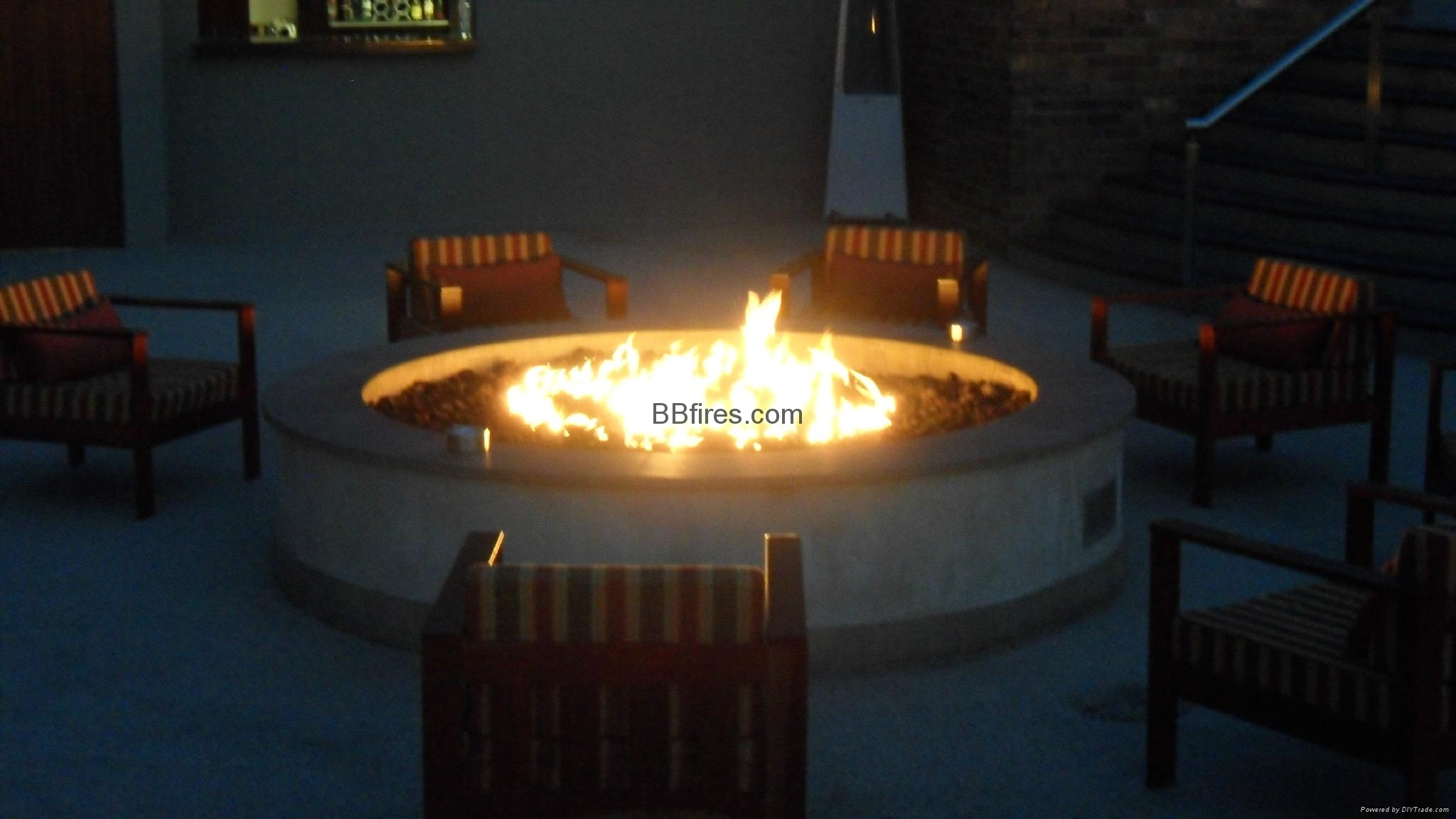 户外酒精壁炉(泳池旁及园亭用)