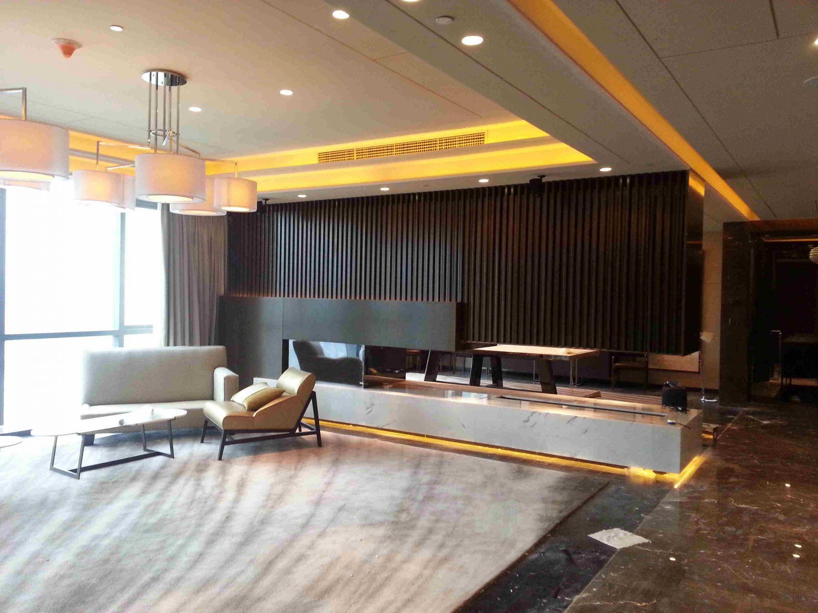 深圳君悦酒店真火的壁炉案例 20
