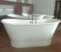 Free-standing luxury cast iron bathtub