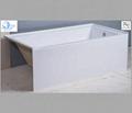 suqare built-in modern acrylic bathtub