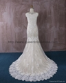 2016 新款V型米色蕾絲婚紗 4