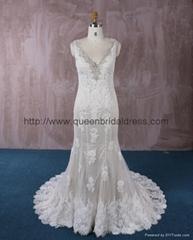 2016 新款V型米色蕾絲婚紗