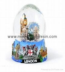 Polyresin Snow globe  resin snow globe