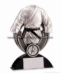 Polyresin Sport Trophy with Good Quality Finished